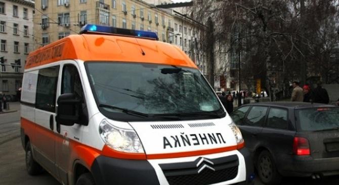 10-годишно дете е със счупен крак след инцидент на пешеходна пътека в Дупница