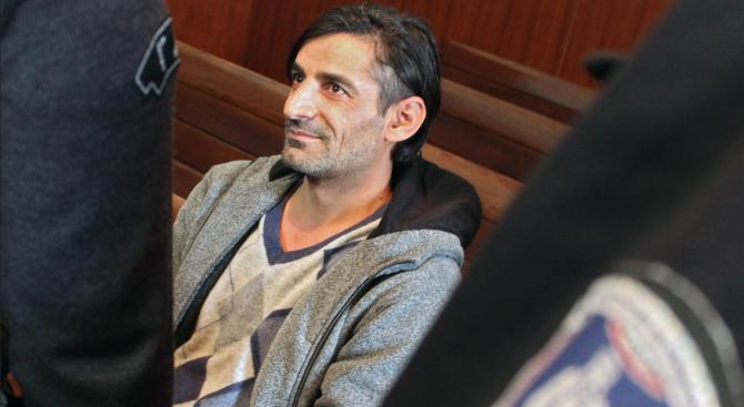 Съдът в Хасково задържа под стража киргизстанец, търсен в Турция за тероризъм