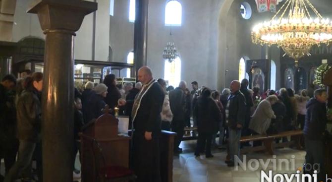 Бесарабските българи в Тараклия отбелязаха днес - 19 януари, Кръщение