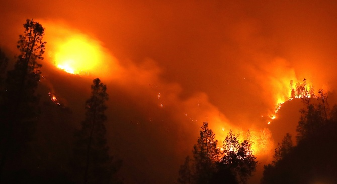 Няма пострадали при пожара в центъра на Габрово, съобщиха от
