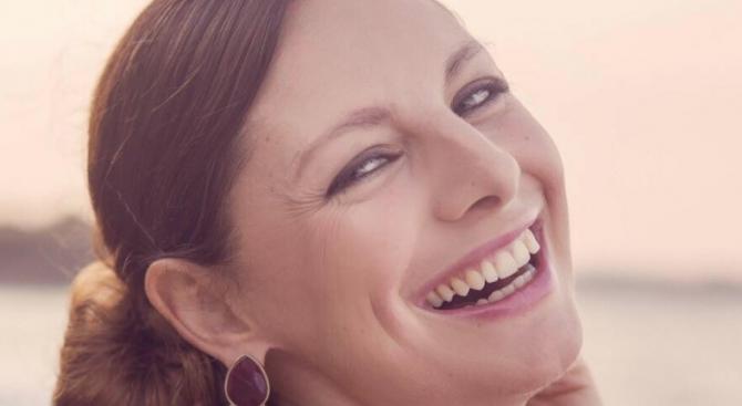 Актрисата Яна Титова е бременна в началото на 6-ия месец.