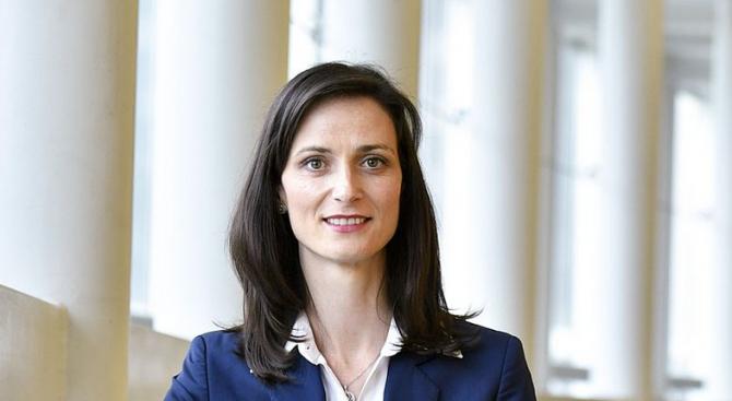 Мария Габриел: Трябва да инвестираме в хората
