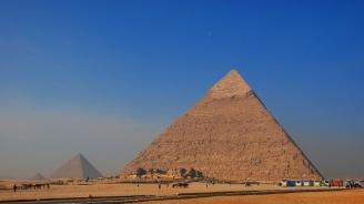 Петима загинаха и двама са ранени при пътен инцидент в Кайро