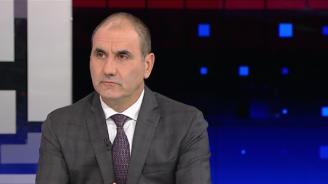 Цветанов: Уважавам и ценя мнението на летеца Радев. Политикът Радев е изпаднал в зависимости