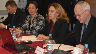 """Вицепремиерът Николова към бизнеса: Нашето сътрудничество създава """"добавена стойност"""""""