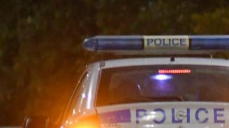 Шофьор на автобус е починал зад волана, блъскайки се в два паркирани автомобила