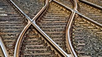 Бърз влак аварира край Благоевград