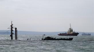 Няма шансове да бъдат намерени оцелели моряци от запалилите се в Черно море кораби