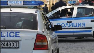 Полицията залови трима непълнолетни, разбили няколко търговски обекта в Бургас