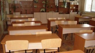 В 1071 училища и детски градини в страната са преустановени учебните занятия