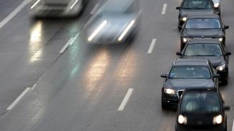Предложение за ограничаване на скоросттапо аутобаните разгневи шофьоритев Германия
