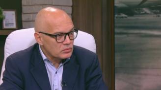 Тихомир Безлов за критиките от Брюксел за българското гражданство: Поне половината държави в ЕС предлагат визи срещу инвестиции