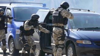 """Спецпрокуратурата и """"Вътрешна сигурност"""" влязоха в столичното 4-то РПУ"""