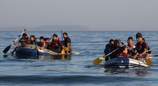 Снимка: Близо 400 мигранти са спасени край бреговете на Либия