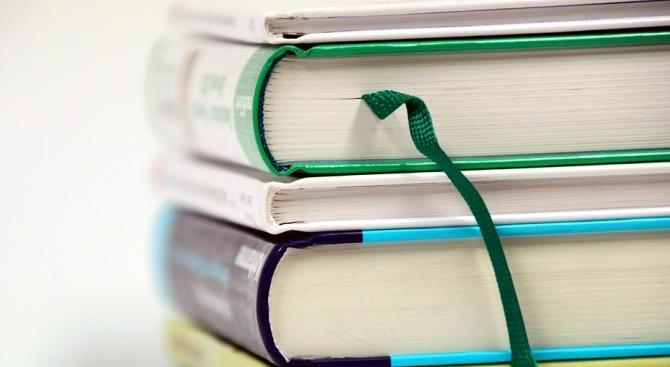 Турция подготвя образователна реформа, при която броят на учебните дисциплини