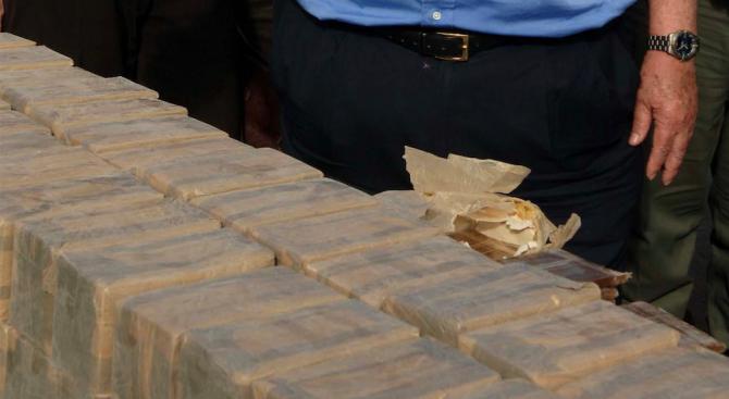 104 кг хероин - заловени на турско-българската граница в български ТИР