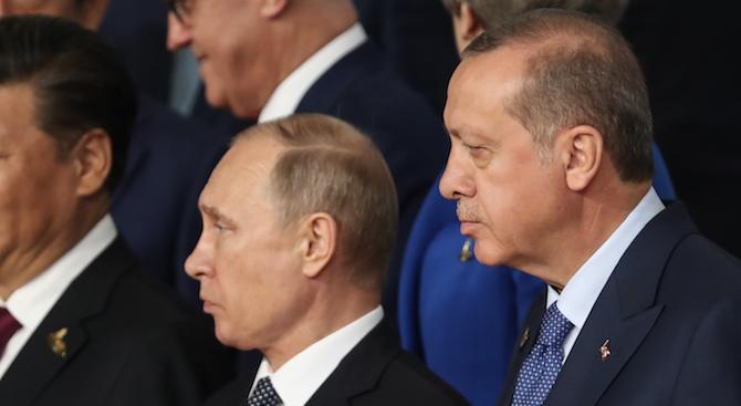 Русия подкрепя установяването на диалог между Дамаск и представителите на