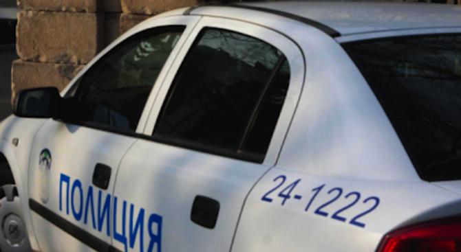 Полицаи от Кърджали иззеха 5 грама хероин при проверка на