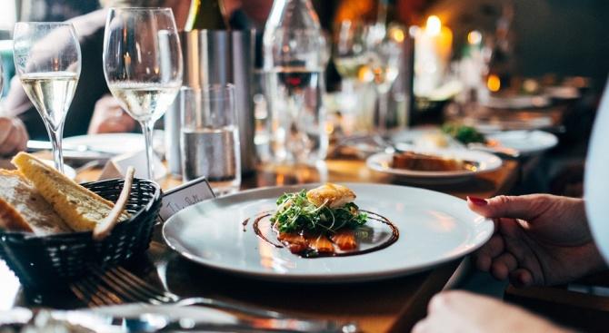 95% от българите не пропускат вечеря, а 80% обядват задължително,