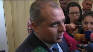 Искрен Веселинов: Нито една от институциите на ОП не работи, но това не е по вина на ВМРО