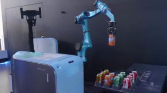 """В хотел на """"Алибаба"""" роботи обслужват клиенти"""
