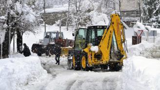 Бедственото положение в Смолян остава в сила, движението през Превала няма да бъде пуснато днес