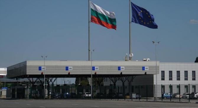 Министърът на имиграцията и интеграцията на Дания пристига в България