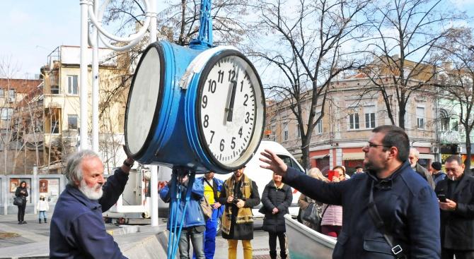 Днес направиха първи стъпки за възстановяване на Часовника в Бургас