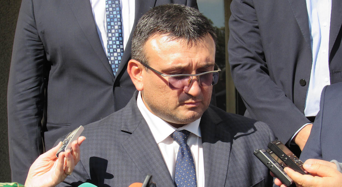 Маринов: МВР няма данни Стайко Стайков да е напускал страната