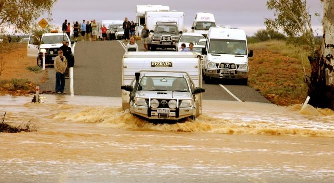 Рекордни проливни дъждове наводниха част от Австралия