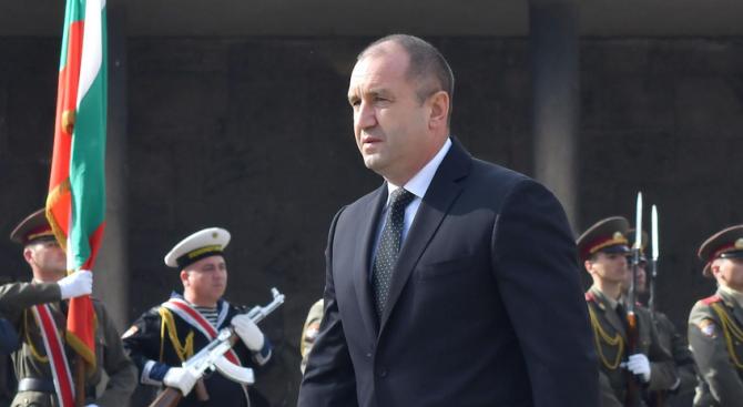 Огнян Минчев: Идентифицирането на президента с политически проект е грешка
