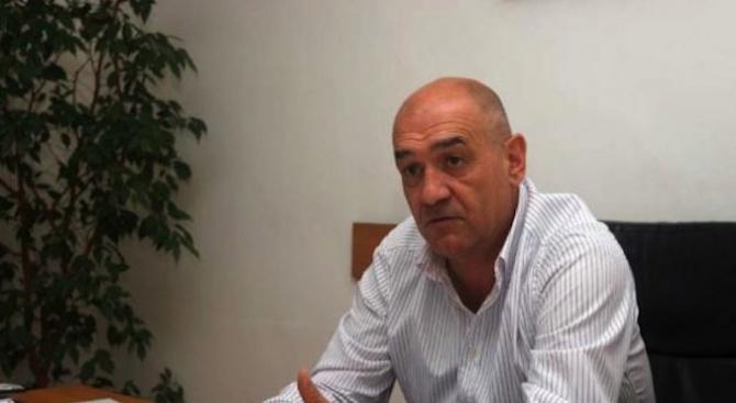 Д-р Дечо Дечев: Не може в държавна болница да има частен център или клиника за печалба