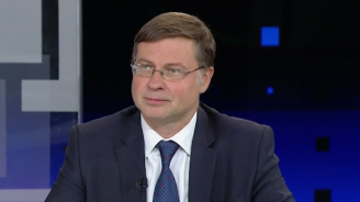 Зам.-председателят на ЕК: Приемането на еврото ще окаже ограничено въздействие върху цените
