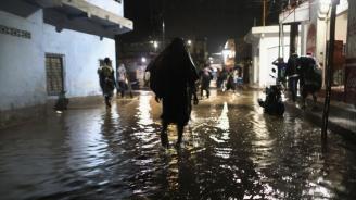 Наводнения в Саудитска Арабия, 12 души загинаха