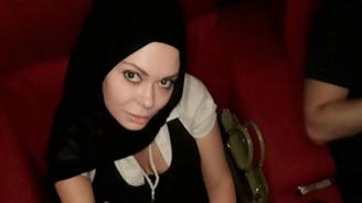Албена Вулева: Я-Я е мека китка под прикритие