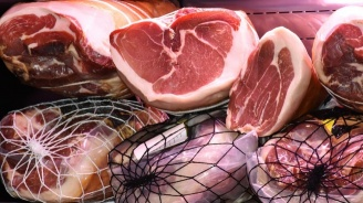 Полша е изнесла 2700 кг съмнително говеждо месо в страни от ЕС (видео 18+)