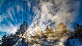 Февруари започва със слънчево и топло време