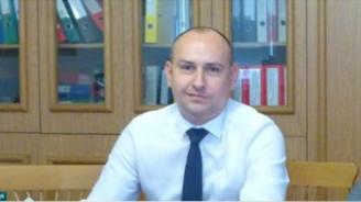 """Ангел Ангелов от """"Ало, Банов съм"""": В МОН има тормоз над експерти"""