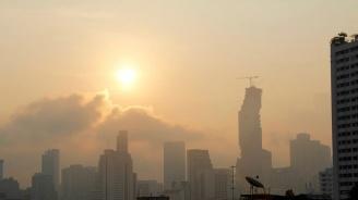Кръв потече от носовете и очите на хора заради смога в Банкок
