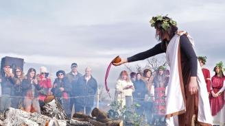 Керацуда се ля в Илинденци за Трифон Зарезан (снимки)