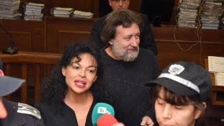 Николай Банев измисли хитър начин да измъкне жена си от ареста (снимка)