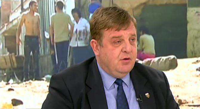 Каракачанов за концепцията му за циганите: Стига се правихме на луди (видео)