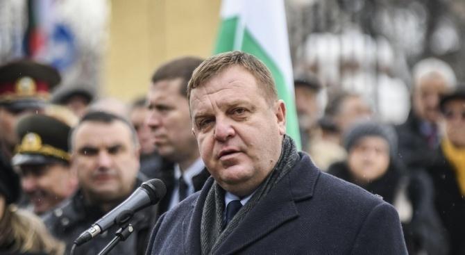 Ромите в Сливен недоволни от мерките на Каракачанов за по-добра интеграция