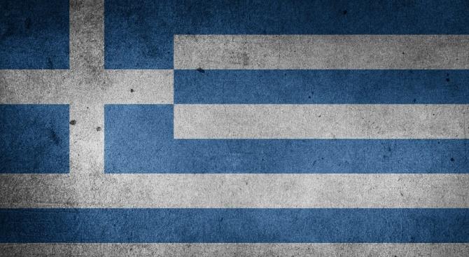 Атина: От понеделник започват задълженията на Скопие по новото име