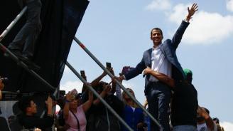 19 страни от ЕС признаха Хуан Гуайдо за временен президент на Венецуела