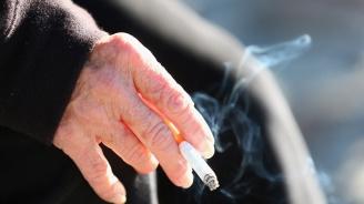 Цигари в гръцкото МЗ ядосаха еврокомисар