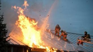 Мъж загина при пожар в къщата си в Кюстендил
