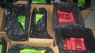 Митничари спипаха близо тон контрабанден тютюн за наргиле