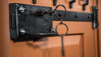 """Наблюдатели от ПАСЕ призоваха Русия да освободи осъдения на затвор активист от """"Свидетели на Йехова"""""""