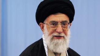 Аятолах Хаменей ще помилвадесетки хиляди затворници по случайгодишнината на Ислямската революция